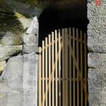 1) Velká brána ambitu