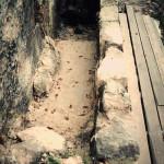 10) Terasa spodní Dozdívání záhonu u můstku