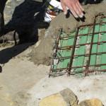 12) Zastřešení spáry - pohledová betonová skořepina