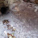 Nepropustný jílový žlab - spodní konec před otvorem pro zaústění drenáže