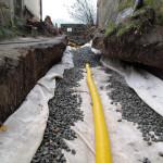 Vrstvení štěrku na geotextilii - jižní trakt 2