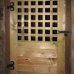 3) Dveře se zárubní včetně kování