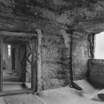 3) Zadní místnost před opravou podlahy