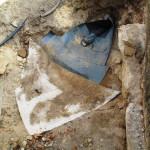 Zaústění drenáže - odpadní trubka, trychtýř z asfaltového pásu, bentonitová rohož