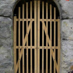 4) Malá brána ambitu