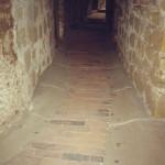 7) Ambit východ, pohled k jihu. Podlaha před opravou