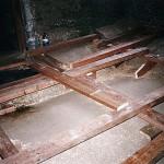 7) Zadní místnost, podlaha - průběh opravy