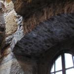 8) Záklenek okna po opravě