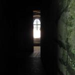 Pravé poledne - sluneční paprsek prochází příčnou osou kostela