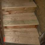 schody pod pokladnou 012