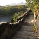 Západní konec terasy křížové cesty