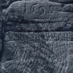1695, foto R. Kursa (pod hranou horního plató na východním dvoře)