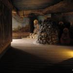 Kukátkové divadlo - přisvětlení malby na levé stěně